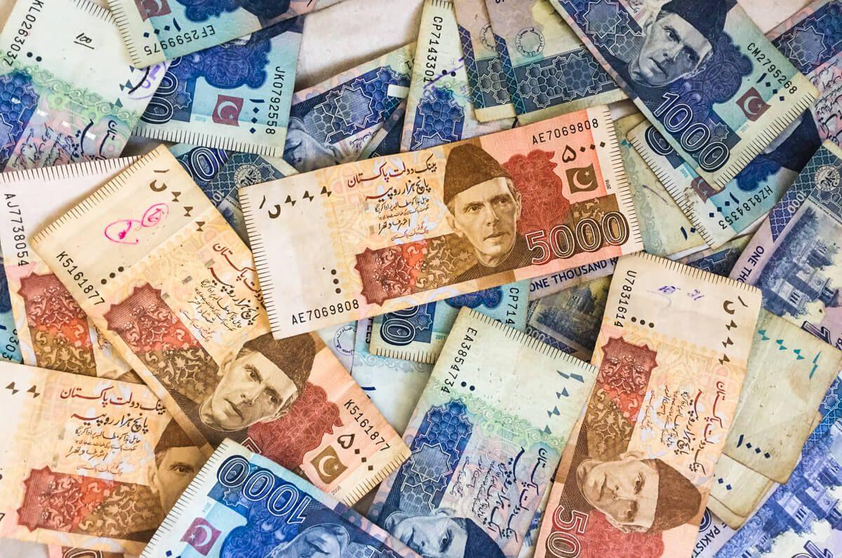 Photo of پاکستانیوں سے 40 ارب روپے ناجائز وصول کرنے کا انکشاف