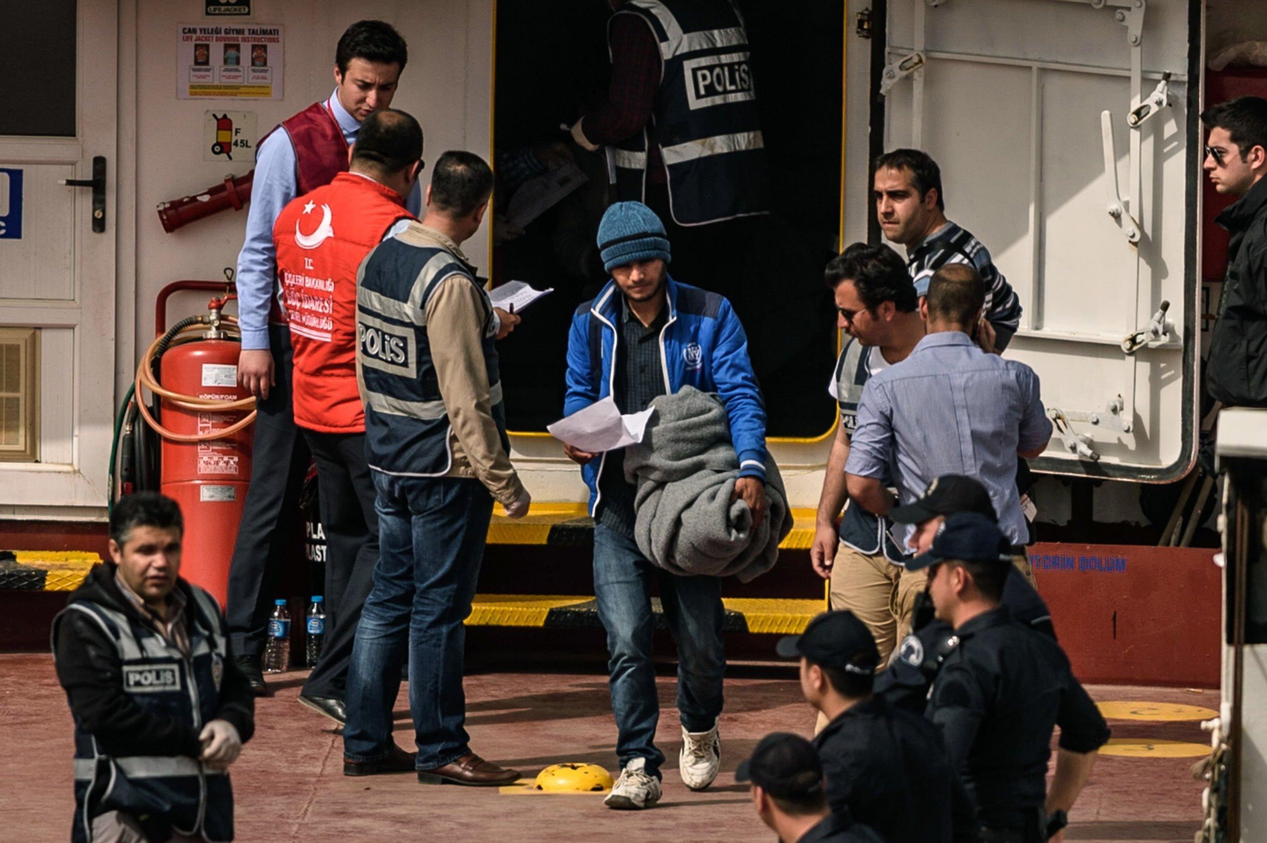 ترکی نے 50پاکستانی شہریوں کو ڈی پورٹ