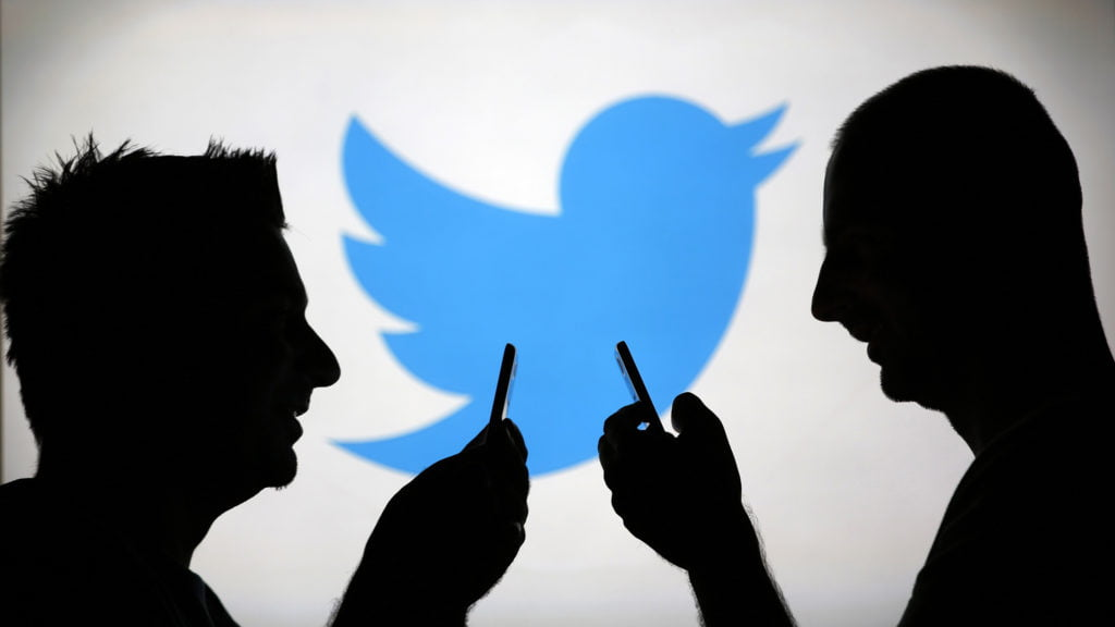 Twitter and TweetDeck hit with partial outages for hours