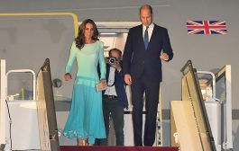 Kate Middleton and Prince William arrive in Pakistan to start royal tour